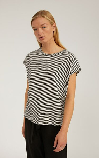 Ofeliaa Pretty Stripes T-Shirt